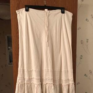 Old Navy cream linen/cotton blend skirt